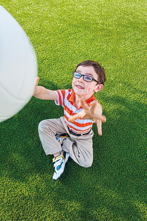 Podchyťte detské škúlenie včas, dokiaľ sa dá ľahko napraviť!
